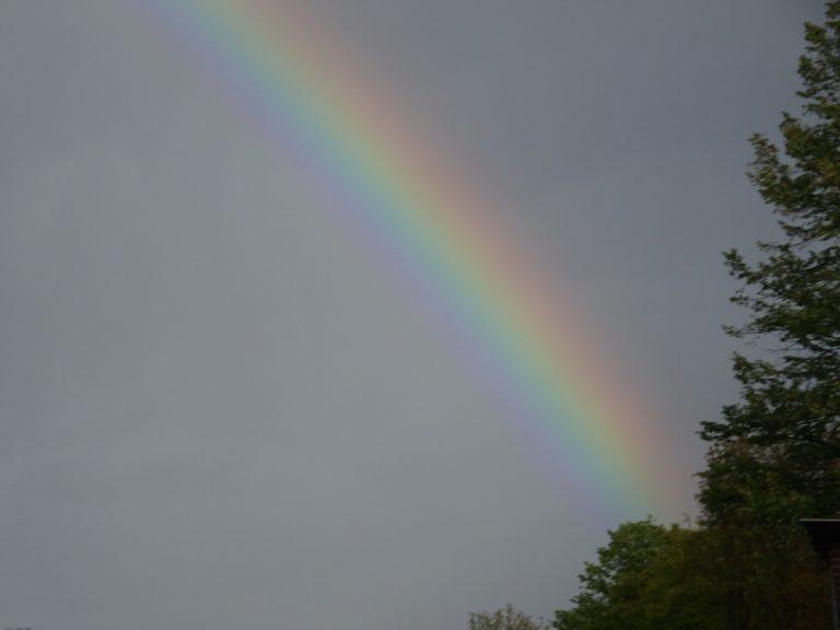 Achel weert regenboog