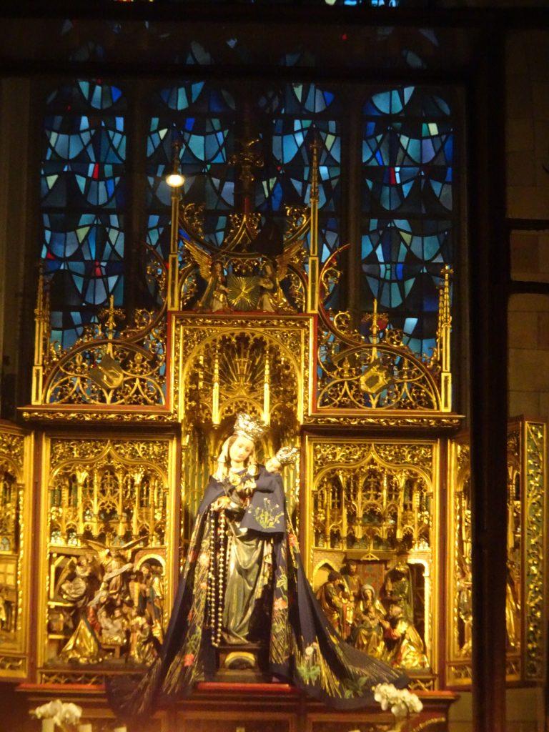 Onze Lieve Vrouwe basiliek, mariabeeld