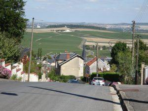 Cormontreuil naar Epernay - boven op de heuvel, uitzicht champagne