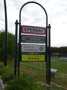 Cormontreuil naar Epernay - bord epernay -