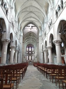 Epernay - Montmort Lucy - kerk binnen