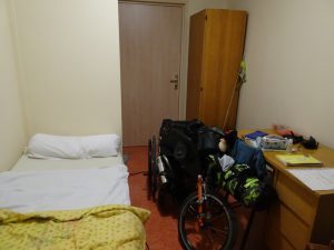 Sezanne naar Mery sur Seine kloosterbejaardenhuis slaapkamer