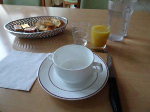 Sezanne naar Mery sur Seine - kloosterbejaardenhuis ontbijt