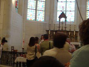 Sezanne naar Mery sur Seine doop kind, samen met broeder en priester van Marianisten