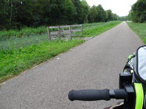 Mery-sur-Seine naar Troyes kanaal rolstoeltoegankelijke vissteiger