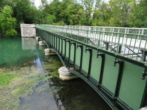 Mery-sur-Seine naar Troyes kanaal  kanaal loop over brug