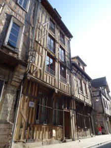 Mery-sur-Seine naar Troyes, troyes vakwerkhuis 2