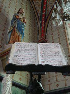 Chablis naar Accolay kerk bijbel Jezus