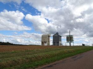 frankrijk, landschap graan silo