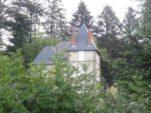 huis larochemillau naar Issy l'Éveque