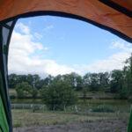 camping uitzicht vanuit tent Issy l'Éveque