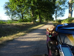 gueugnon Paray - kleine weg waar ik journalist ontmoette