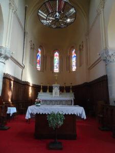 verosvres kerk binnen