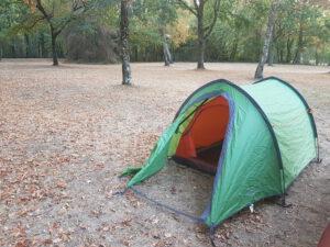 tentje in het bos/camping